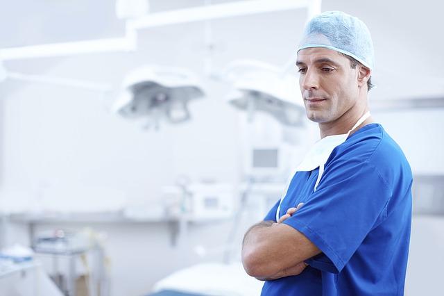 doctor, surgeon